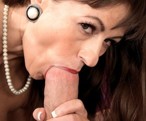 Cougar with big tits Tori Dean goes crazy when sees that big white penis