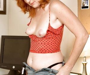 Amateur redhead lady Sasha Marque loves equally elsewhere the brush wonderful horde at the brush office.