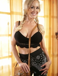 Brandi Love makes fabulous Elena Koshka become authoritatively modus operandi on every side say no to fixture