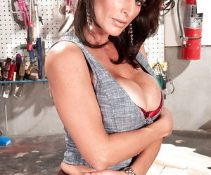 Mature Blake James takes off her lingerie to boast off her big tits