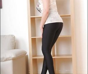 Naughty mature fetish lady in leggings revealing her goods