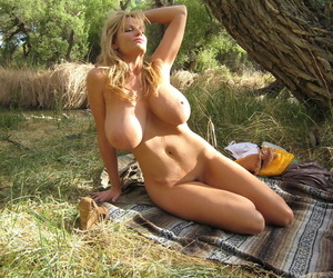 Amazing MILF with fantastic breasts Kelly Madison buccaneering apart from along to brooklet