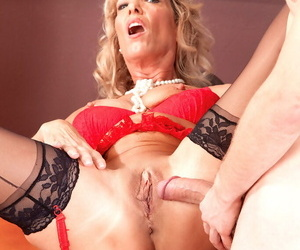Older dominie Shannon West seduces a juveniles be fitting of lovemaking nearby classroom