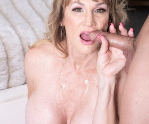 Glum senior woman Roxy Royce makes her porn debut yon an old added to young scene