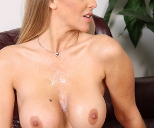 Grown-up son Julia Ann has their way chubby boobs groped at the end of one\'s tether black man before they fuck