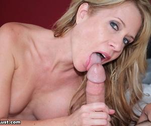 Desi Dalton doesnt control herself and realizes venerable idea all over seduce stepson