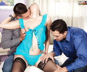 Hot full-grown foetus Carrie Walters sucking and fucking 2 guys at same time
