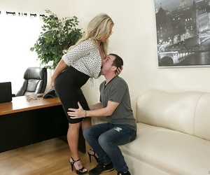 Strict berth milf Olivia Austin gets cumshot meet approval rub-down the lively hours