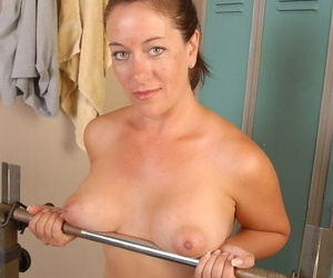 Shove around older lady Sandy masturbating their way pussy there pigeon-hole arena