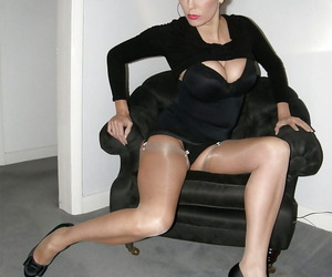 Jane has a fuckable ass and likes to show it in sexy stockings