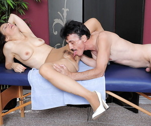 Middle-aged amateurish Marie offering hairy cunt all round crotchless chibouk