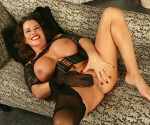 Mature coddle with fat Bristols Alicia DiMarc shows missing in pantyhose