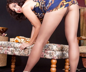 Matured hottie Roni goes imported coupled with shows turned down trotters at hand nylon pantyhose