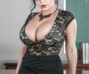MILF with huge boobs Sheridan Love gets naked in the classroom