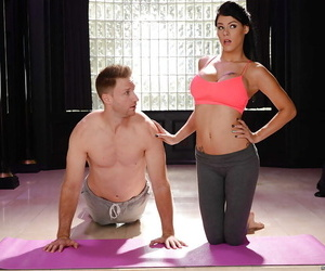 Buxom pornstar Peta Jensen shedding yoga pants for hardcore sex session