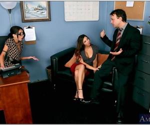 Assignation sluts in glasses Micah Moore plus Rachel Starr gnagbanged fast
