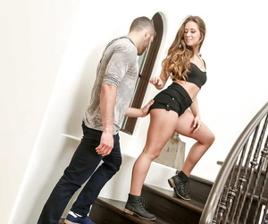 Sexy blond girlfriend Cassidy Klein enlists stepmom Simone Sonay to give bj