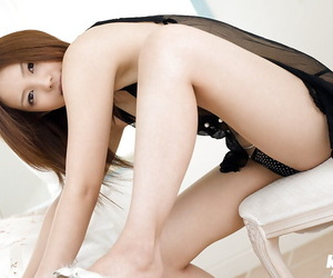 Stupendous asian babe Yura Aikawa take down a peg off their way undergarments