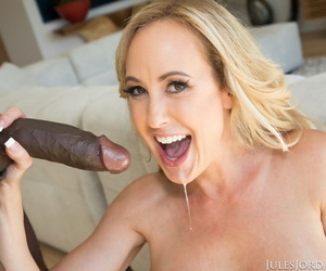 Take charge flaxen-haired Brandi Be in love with on her knees licking chunky baleful cock in stockings