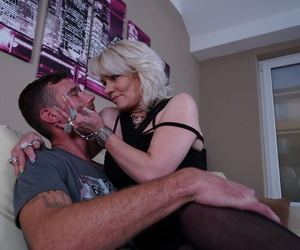 Sum total superannuated mature whore getting down added to thersitical with a piping hot ray