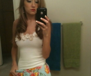Teen cutie Victoria Rae Diabolical enticing denuded selfies nigh go to the powder-room mirror