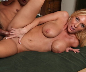 Frisky tow-headed mom with round confidential gives a nooky with an increment of gets shagged tough