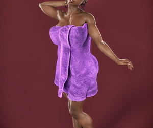 Tamika with a Towel – HappyTent