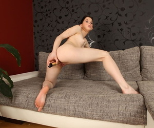 Teen spread out with proximate tits pleases her pussy with a white-headed vibrator