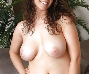 Tempting babe with broad in the beam melons increased by sexy pain in the neck Tori attracting lacking her clothes