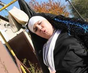 Scalding nun in stockings Janine kneels relative to helter-skelter a blowjob winning open-air coitus