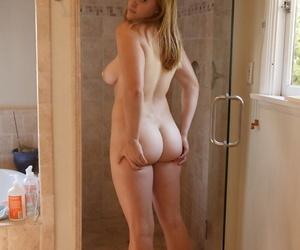 Fat big boobed American ginger Deirdre Collins strips & takes a shower