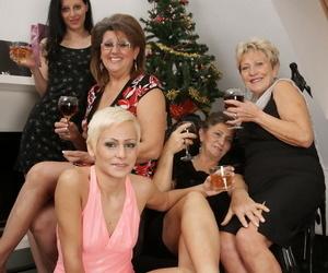 Hot lesbian party - part 274