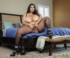 Hot Increased by Parsimonious Sofia Rose