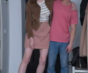 Amateur nerd Eliza Thorne loses her virginity with her precipitate boyfriend