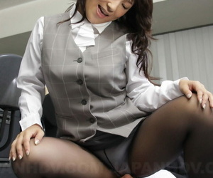 Asian MILF Chiharu Nakai sits on her colleagues face & gets her holes licked