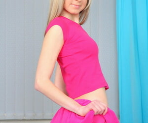 Shaved russian teen gina gerson begs be advantageous to a cock all round her into operation ho - decoration 2348