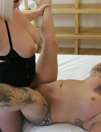 Thick grannies Lacey Starr and Tallulah Tease fuck each other with a strapon