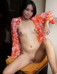 Super-sexy Asian amateur with lil\' titties showing tight cunt with gams stretched