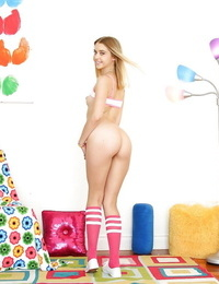 Socks clothed Chloe Couture flaunts bare bum while stretching cheeks wide