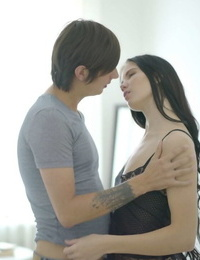 Young Anal Tryouts Loventa