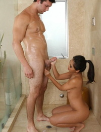 Asian queen Cindy Starfall showering with a overwhelm dick and getting laid