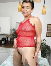 Middle-aged Asian punker Lulu Shine sans bra her inborn cunt enrapture open