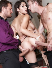 Hot pornstar Valentina Nappi gets DP wearing stockings in sexy Grind