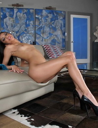 Lengthy legged Latina Veronica Rodriguez doffing brief cutoff cut-offs to pose naked