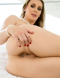 Hot mom and daughter duo Tanya Tate & Alli Rae takes turns stripping bare