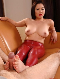 Topless Japanese fetish model Midori Tanaka tops man in latex pants