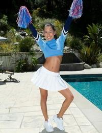 Stunning cheerleader Amia Miley rails her innocent beaver on thick dick