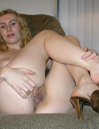 Russian inexperienced with blond hair showcases her bald vagina after a blowjob