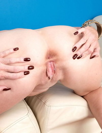 Huge breasted granny Missy Thompson gets her dick hungry pussy creampied