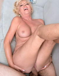 Gray-haired husband watches mature wife Scarlet Andrews getting creampied